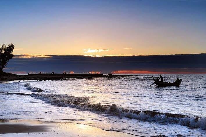 Biển Cửa Tùng - địa điểm du lịch hấp dẫn Quảng Trị