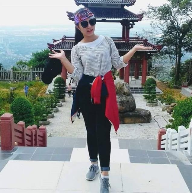 Rất nhiều bạn trẻ tìm đến chùa Linh Sơn Bửu Thiền