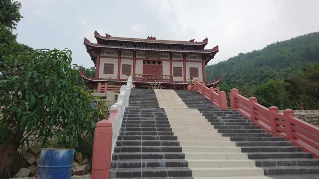 Tham quan chùa Linh Sơn Bửu Thiền