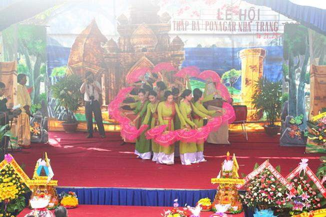 The famous famous festivals in Nha Trang