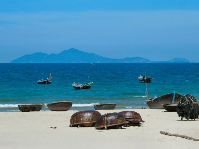 Thanh Binh Beach is an ideal place for your trip (Photo ST)