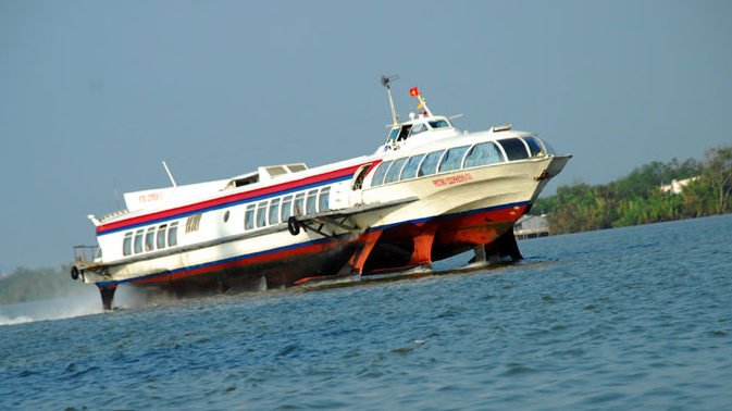 Going to Con Dao by hydrofoil Vung Tau