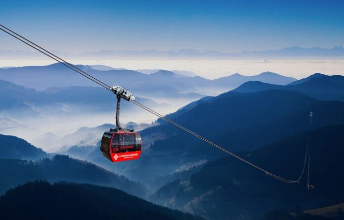 Fansipan Sapa Cable Car with two world records