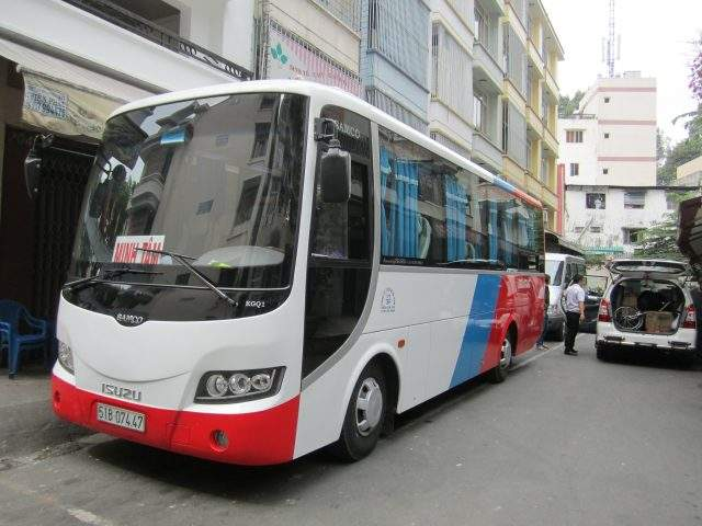 Bus to Con Phung Ben Tre tourist resort